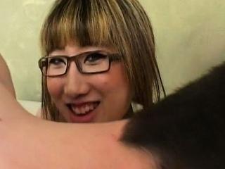 Asian girl Lin Yao fucked