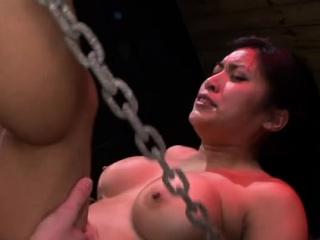 Playgirl enjoys coarse fucking