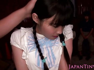 Tiny Japanese babe squirts..