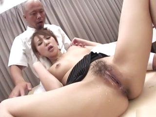 Idiotic Japanese chick Anna..