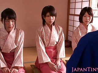Petite femdom Japanese..