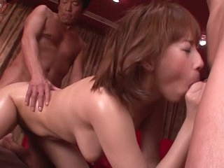 Amazing Japanese chick Tiara..