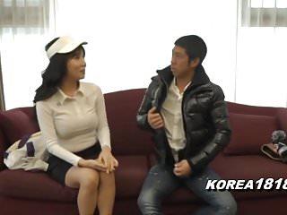 Korean Porn MILF Seduced and..