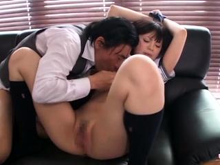 Asian schoolgirl likes nigh..