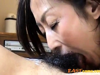 She feel attracted to cum in..