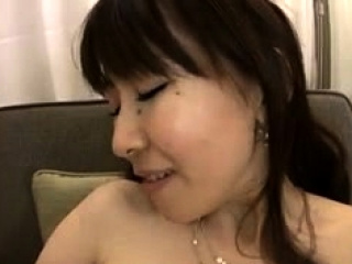 Asian small hairy getting fuck