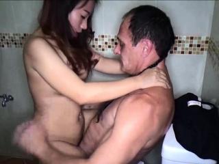 Hot amateur Thai freelance..