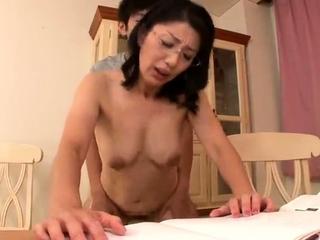 Mature Japanese Rina..