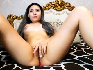 Cute litte Asian GF masturbate