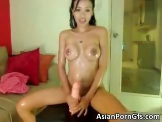 Sexy asian unlit babe gets..